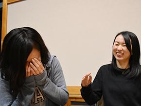 アートに感じる「魅力」語る永澤佳子さんと工藤園子さん