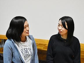 アート・音楽に興味をもったきっかけを語る永澤佳子さんと工藤園子さん