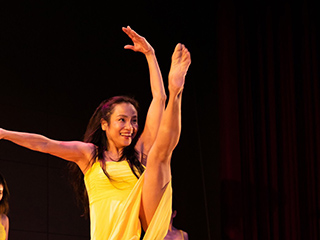 Dancing Company Tina ダンスパフォーマンス/Dancing Company Tina